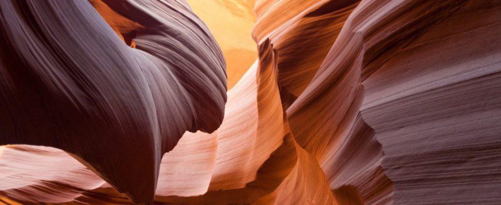 antelope-canyon-1128815_1920