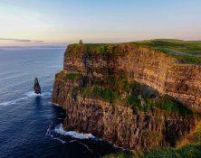 cliffs 3760571_1920